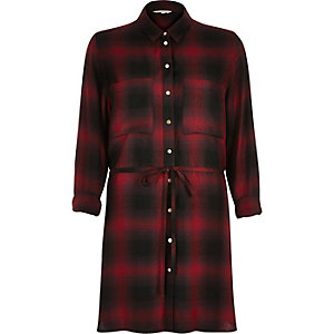Red check belted longline shirt