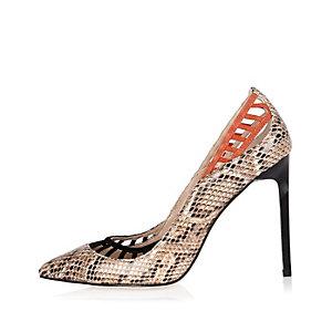 Beige lattice snake print heels