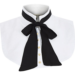 White floppy bow collar bib