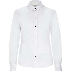 White fitted long sleeve shirt
