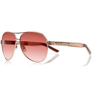 Pink aviator-style sunglasses