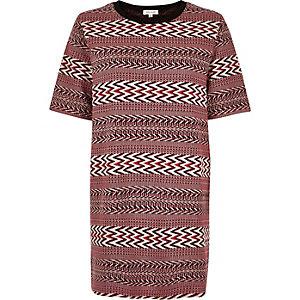 Red geometric jacquard oversized t-shirt
