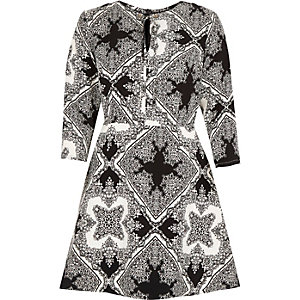 Black print tie neck A-line dress