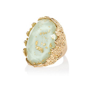 Gold tone flecked cocktail ring