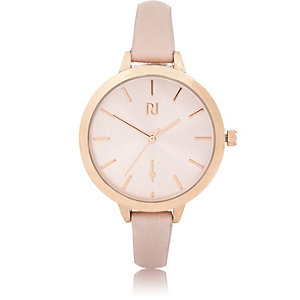 Light pink rose gold tone round watch
