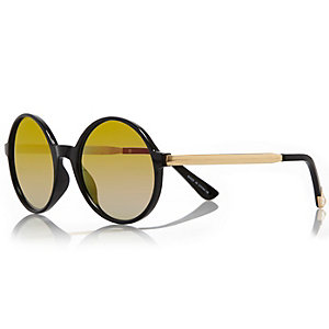 Black round mirror lens sunglasses
