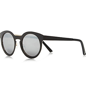 Black round mirror sunglasses
