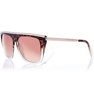 Brown tortoise shell flat brow sunglasses