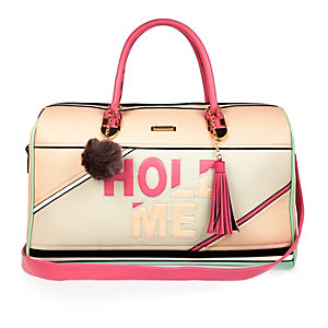 Light pink hold me weekend bag
