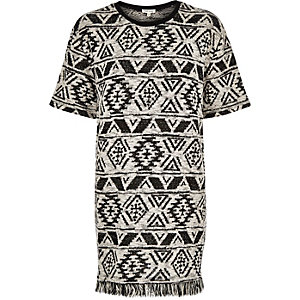 Black woven geometric oversized t-shirt