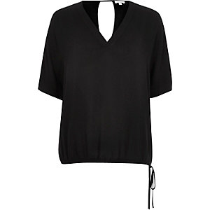 Black V-neck drawstring hem t-shirt