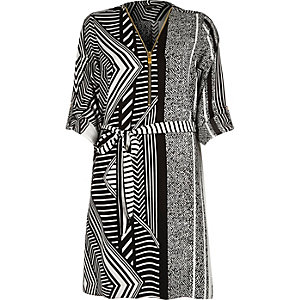 Black geometric print zip front shirt dress