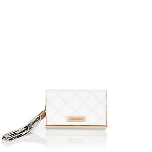 White quilted tassel purse