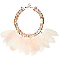 Light pink marabou feather necklace
