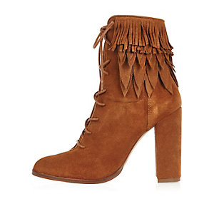 Tan suede lace-up fringed heeled boots