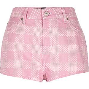 Pink Design Forum floral print denim shorts