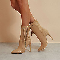 Beige RI Studio leather pointed heeled boots