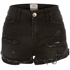 Black raw hem distressed denim shorts
