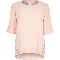 Light pink zip side t-shirt