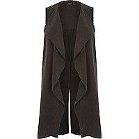 Black split back sleeveless jacket