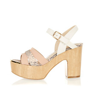 Light pink wooden platforms