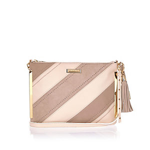 Brown stripe tassel handbag
