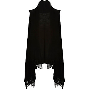 Black sleeveless tassel jacket