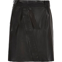 Black leather-look belted mini skirt