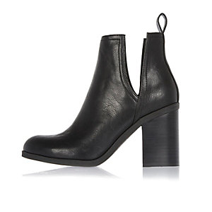 Black cut-out side heeled ankle boots