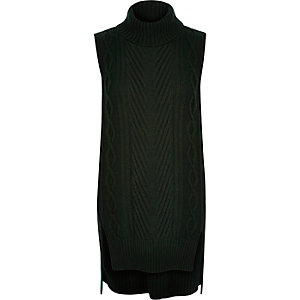 Dark green knitted sleeveless sweater