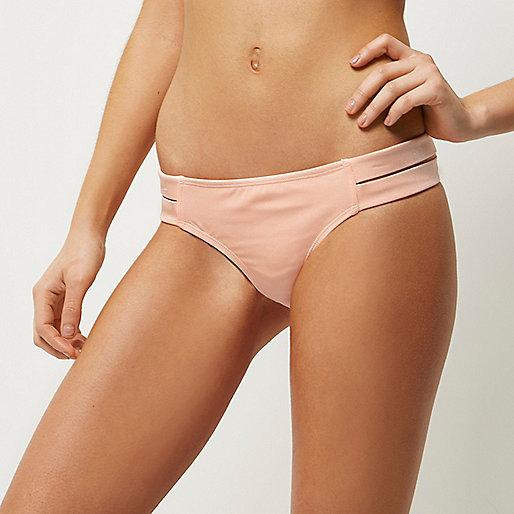 Bas de bikini à lanières rose pâle