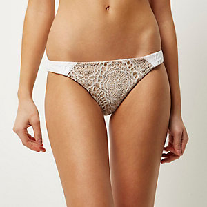 RI Resort cream lace bikini bottoms
