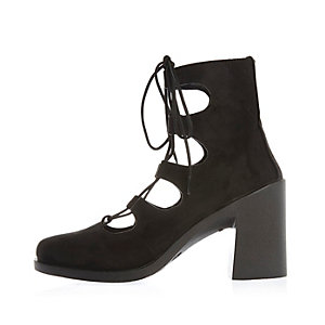 Black lace-up flared heel shoes