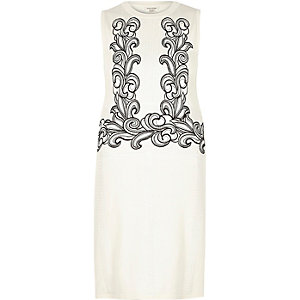 White knitted embroidered dress