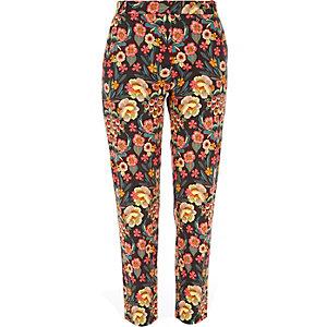 Pink slim floral print pants