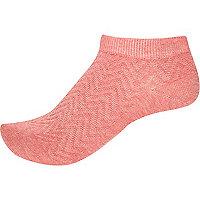 Pink zig zag sneaker socks