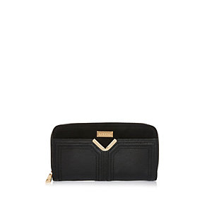 Black V bar purse