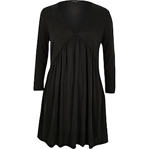 Black jersey pleated long sleeve dress