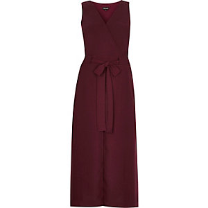 Dark red sleeveless split front midi dress