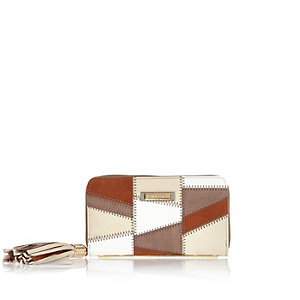 Beige patchwork zip purse