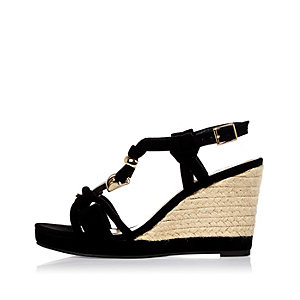 Black knotted wedge sandals