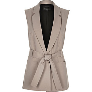 Grey sleeveless belted jacket