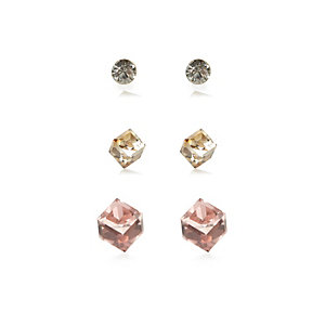 Mixed cube stud earrings