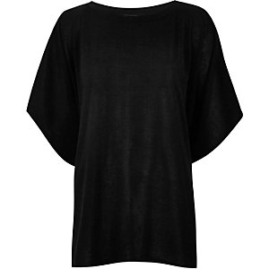 Black boxy short sleeve t-shirt