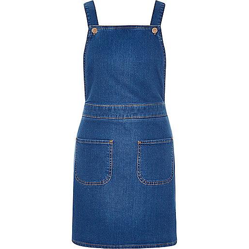 Robe chasuble style salopette en jean bleu vif