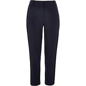 Navy side stripe slim pants