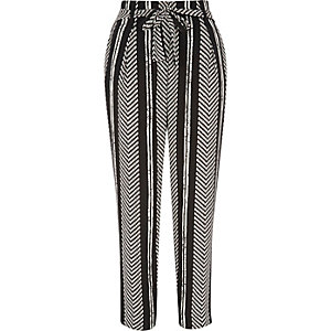 Black stripe cropped pants