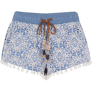 RI Resort light blue embroidered shorts