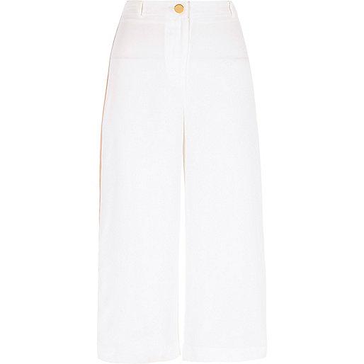 Pantalon large court blanc à bande latérale