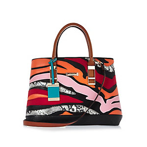 Black print textured handbag